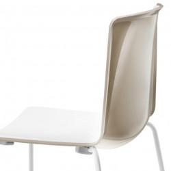 Chaise Tweet 897, Pedrali beige, blanc Pieds vernis