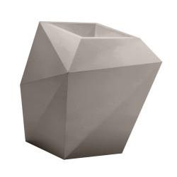 Pot design Faz, modèle Medium, 66x55xH70 cm, Vondom, taupe