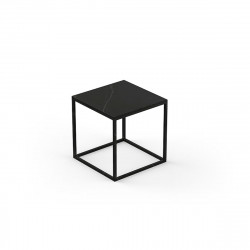 Table basse carrée contemporaine Suave 40x40xH40cm, Vondom, Dekton Kelya noir et pieds noirs