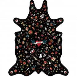 Tapis Tatouage Love fond noir XL, vinyle forme peau de bête, 148x187cm, collection Tattoo Compris, Pôdevache