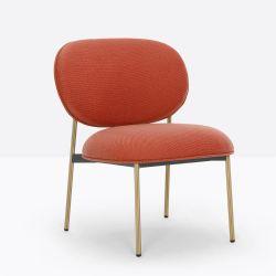 Petit fauteuil design confortable, Blume 2951, Pedrali, tissu Jaali Kvadrat, orange, structure laiton, 63x63xH76,5 cm