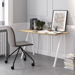 Ensemble télétravail bureau pieds blanc plateau chêne et chaise pieds noirs et assise grise Connect Pro, Fornasarig